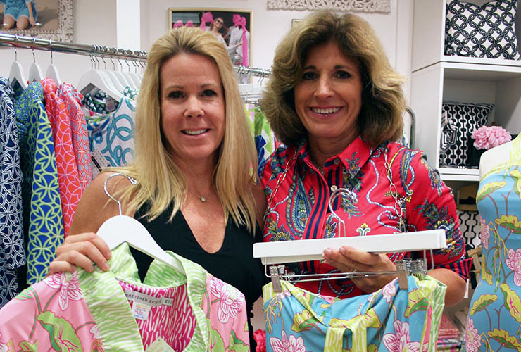 'Turtle Time' Reception At Gretchen Scott Designs Raises $2,000 For Loggerhead Marinelife Center