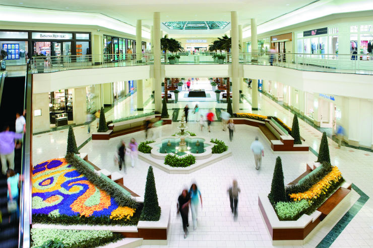 The Gardens Mall Just Launched A Text Concierge Service To Help Shoppers With Gift Ideas, Parking Suggestions And More
