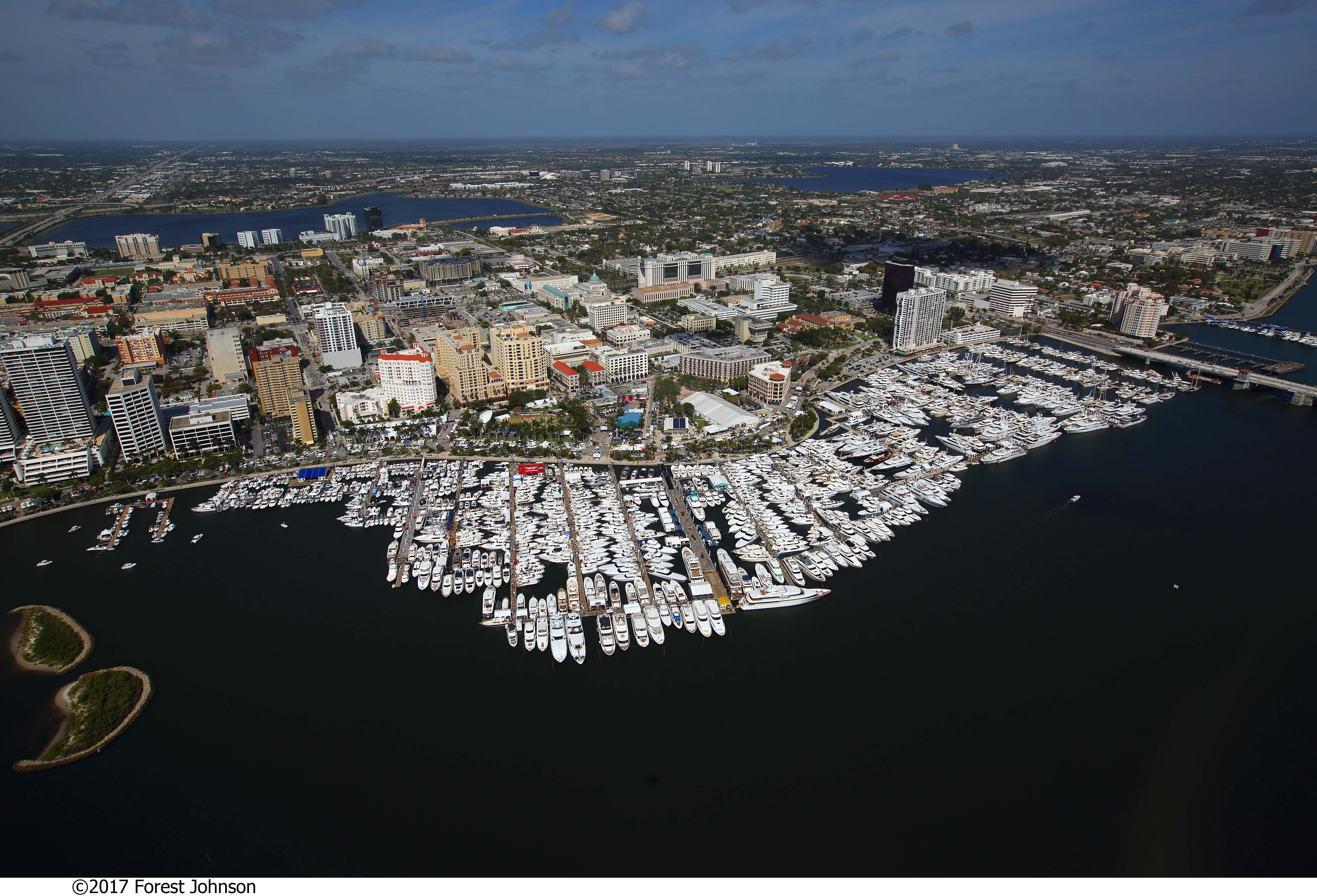Here's What To Expect At The 33rd Annual Palm Beach International Boat Show