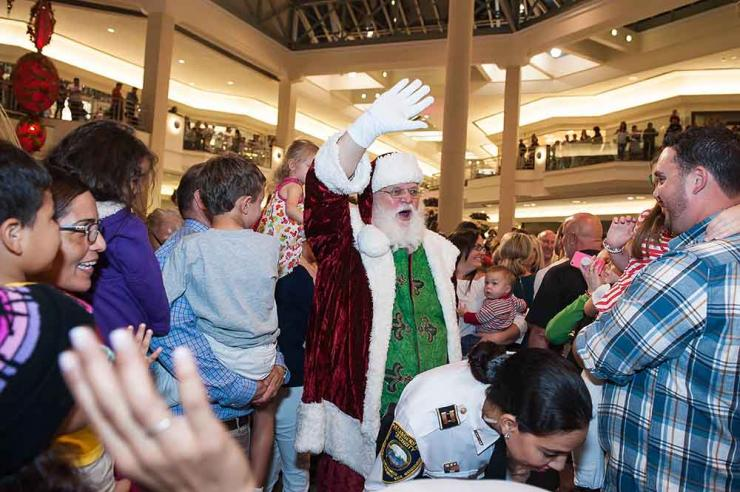 Celebrate The Holidays With Special Events At The Gardens Mall